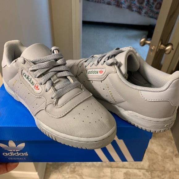 Adidas Yeezy Calabasas Powerphase Gray